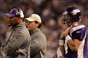 Brett Favre and Leslie Frazier