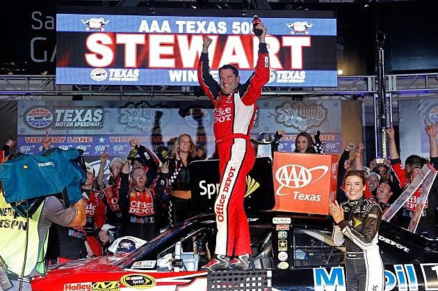 Tony Stewart Wins At Texas